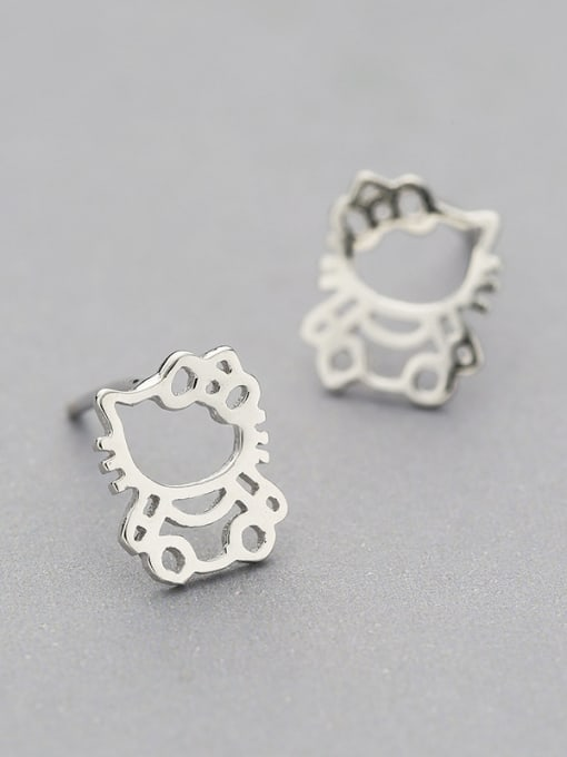 White 925 Silver Cat Shaped stud Earring