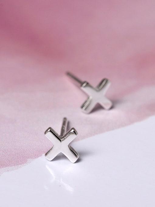 SILVER MI Simple Style Cross Stud Earrings 1