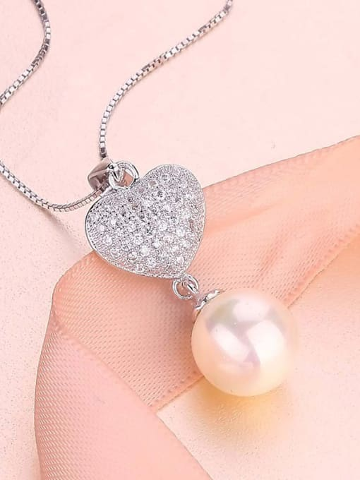 One Silver All-match Freshwater Pearl Heart Pendant 1