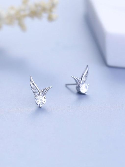 One Silver Women wing Shaped Zircon cuff earring
