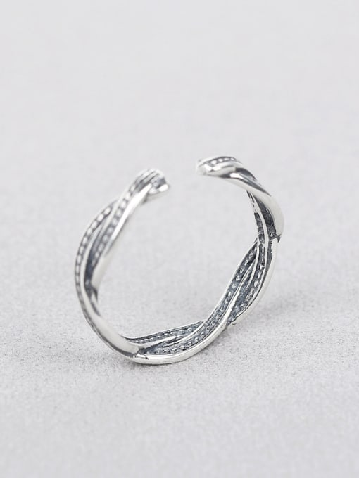 Peng Yuan Retro style Twisted Silver Ring 1