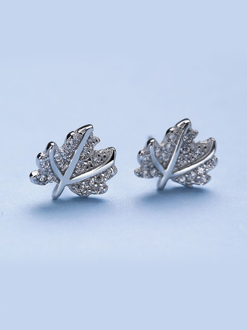 One Silver Charming 925 Silver Leaf Shaped stud Earring 0