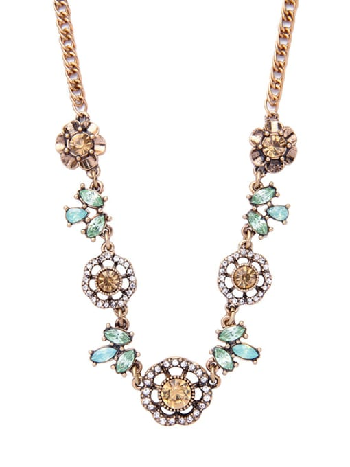 KM Retro Gold Plated Flower Women Necklace 1