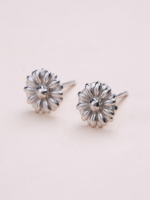 One Silver 925 Silver Chrysanthemum Shaped cuff earring 2