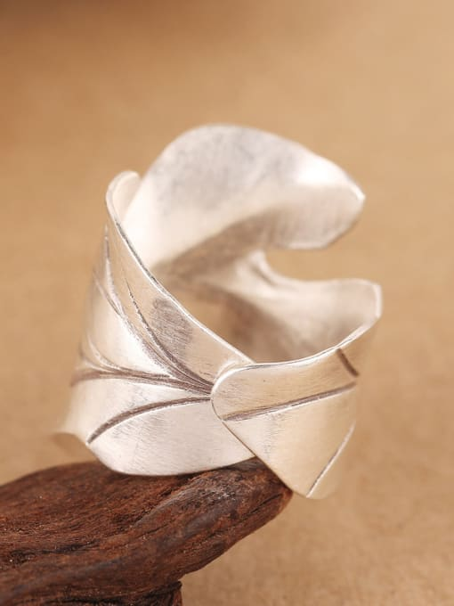 Peng Yuan Ethnic Maple Leaf Silver Ring 3