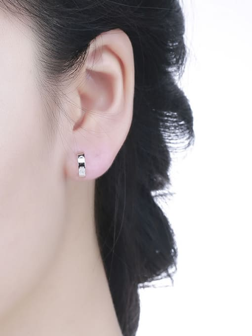 One Silver Women All-match Geometric Shaped stud Earring 1