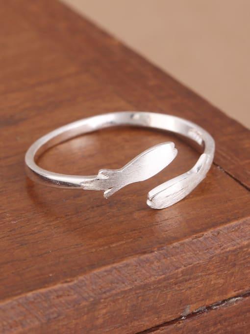 Peng Yuan Simple Little Fish Opening Midi Ring 1