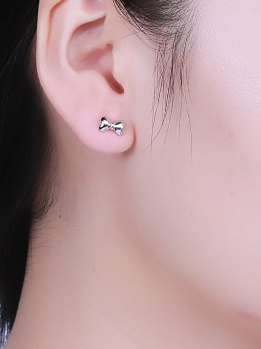 One Silver Women Exquisite Bowknot Shaped stud Earring 1