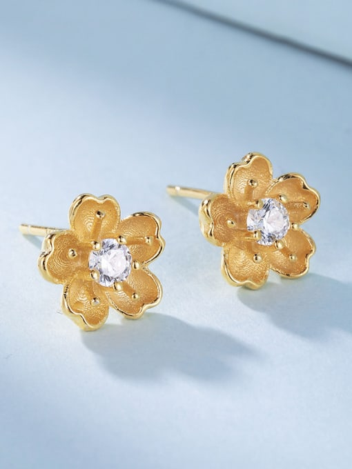 One Silver Gold Plated Flower Shaped stud Earring 2