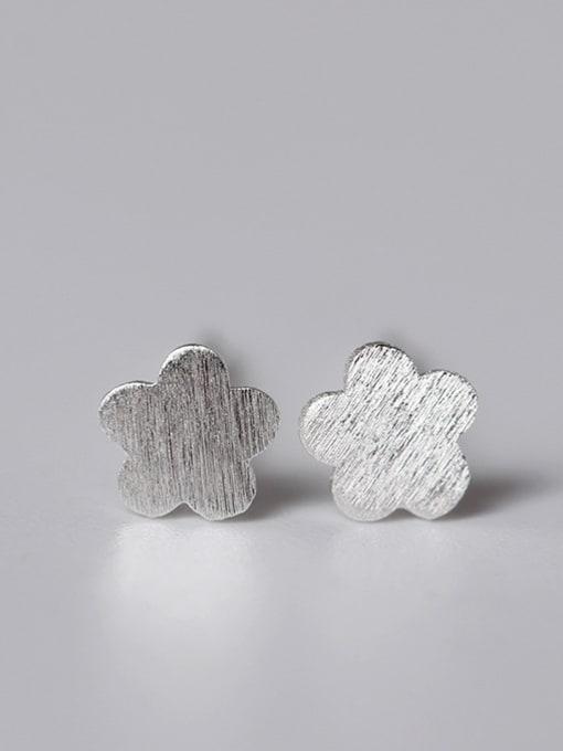 Plum Blossom Earring Lovely Geometric Small Stud Earrings