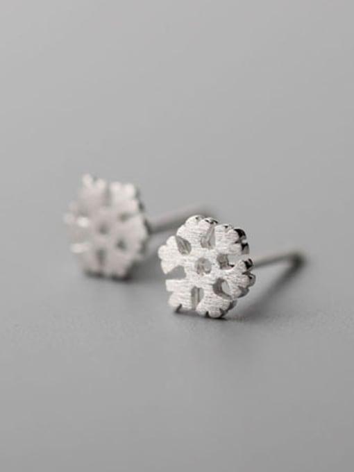 SILVER MI Matt Snowflake Fashion Stud Earrings