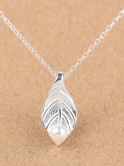 Peng Yuan Freshwater Pearl Leaf Silver Necklace 0