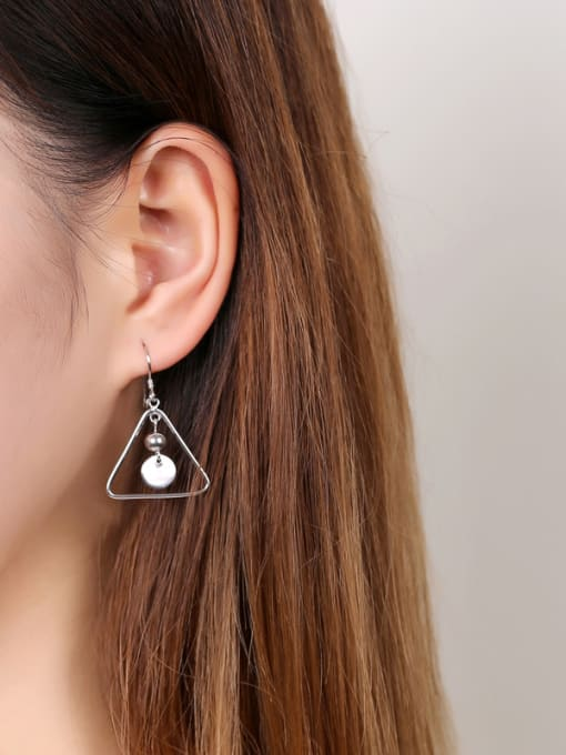 Peng Yuan Simple Hollow Triangle Silver hook earring 1