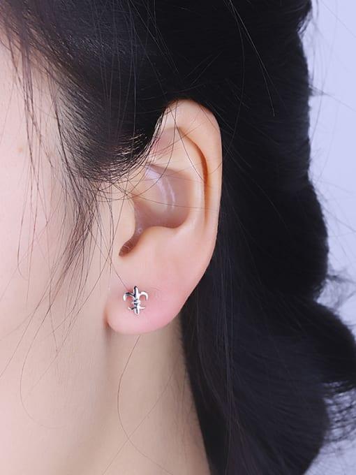 One Silver 925 Silver Geometric Shaped cuff earring 1