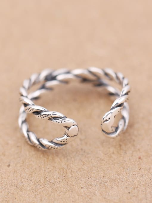 Peng Yuan Retro style Twisted Opening Midi Ring 2