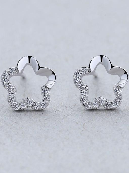 One Silver 925 Silver Flower Shaped Zircon stud Earring 1