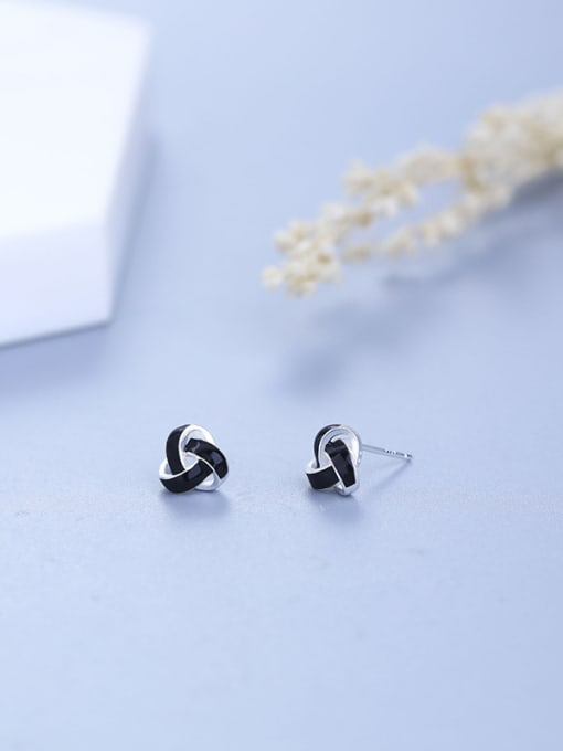 One Silver Women Fashion Triangle Shaped stud Earring 2