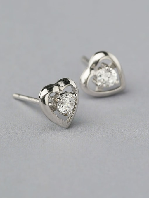 One Silver 925 Silver Heart Shaped stud Earring 0