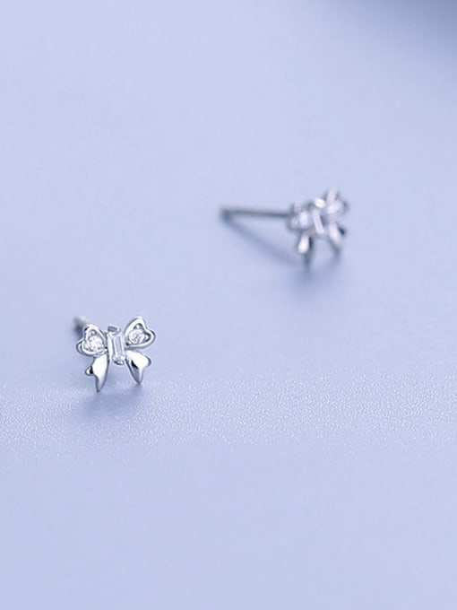 One Silver Beautiful Butterfly Shaped Zircon Earrings