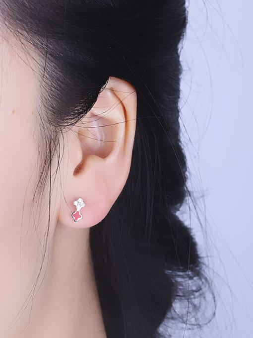 One Silver Red Clover Shaped Stud Earrings 1