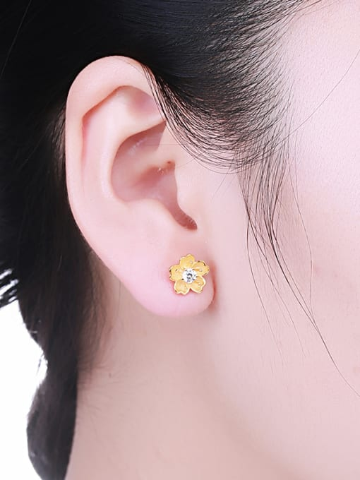 One Silver Gold Plated Flower Shaped stud Earring 1