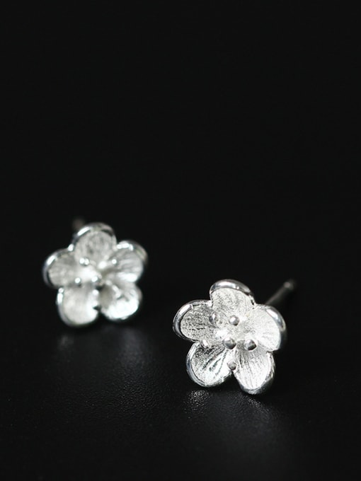 SILVER MI Silver Plated Small Flower Shaped stud Earring 1