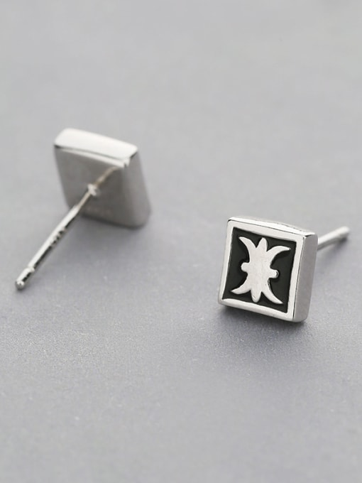 One Silver Fashion Square Shaped stud Earring 2