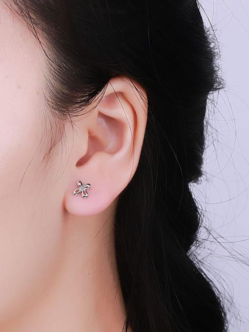 One Silver Women 925 Silver Flower Shaped cuff earring 1
