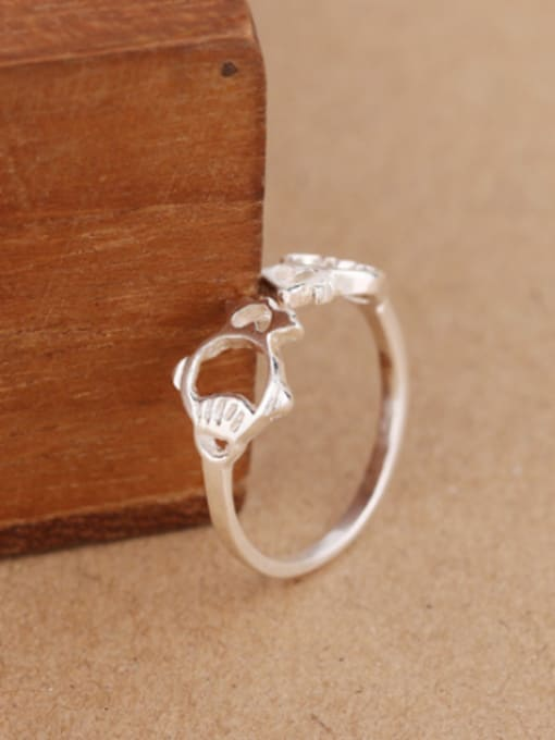 Peng Yuan Personalized Hollow Tiny Fish Opening Midi Ring 2