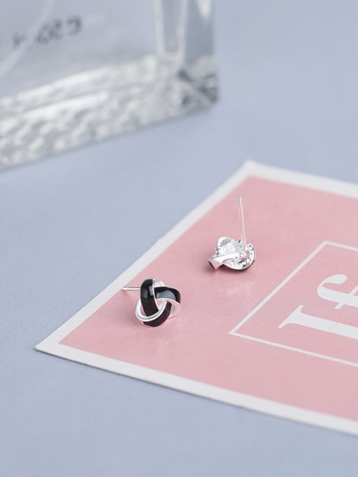 One Silver Women Fashion Triangle Shaped stud Earring 3