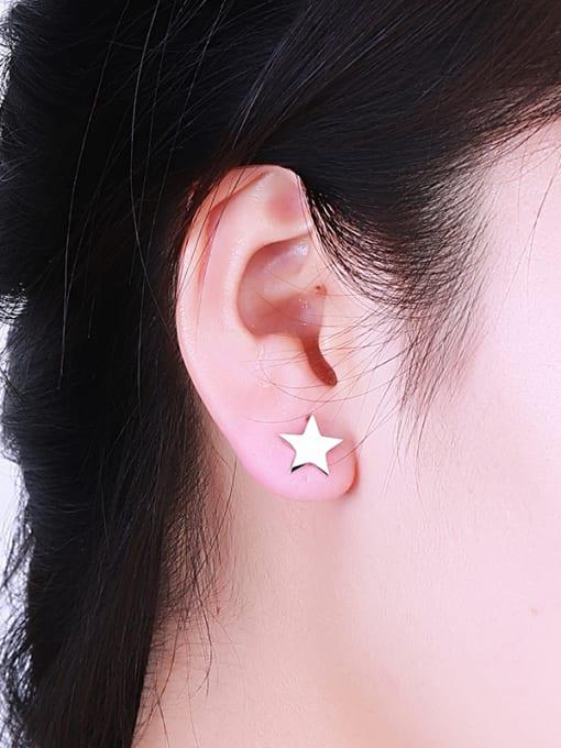 One Silver Women Star Shaped Silver stud Earring 1