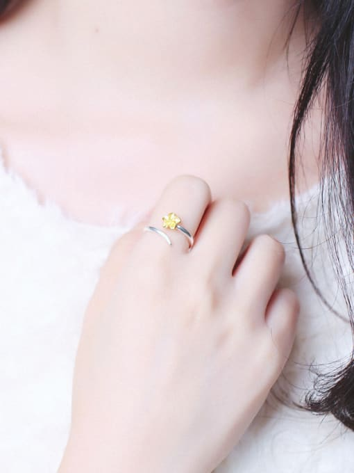 Peng Yuan Ethic Little Flower Opening Ring 1