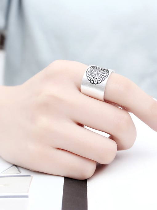 Peng Yuan Personalized Flower Silver Opening Ring 1