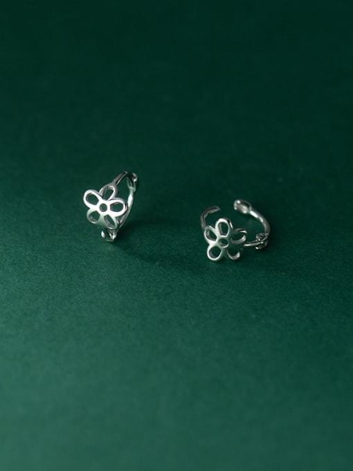 Rosh 925 Sterling Silver Hollow Flower Minimalist Stud Earring 1