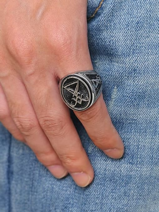 CONG Titanium Steel Geometric Vintage Band Ring 3