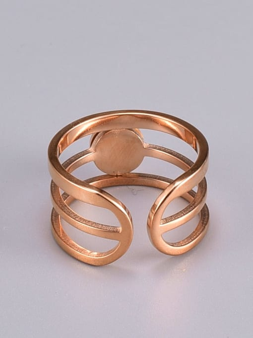A TEEM Titanium Steel Acrylic Round Vintage Stackable Ring 2
