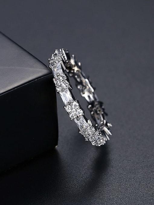 Platinum t17c03 Brass Cubic Zirconia Flower Minimalist Band Ring