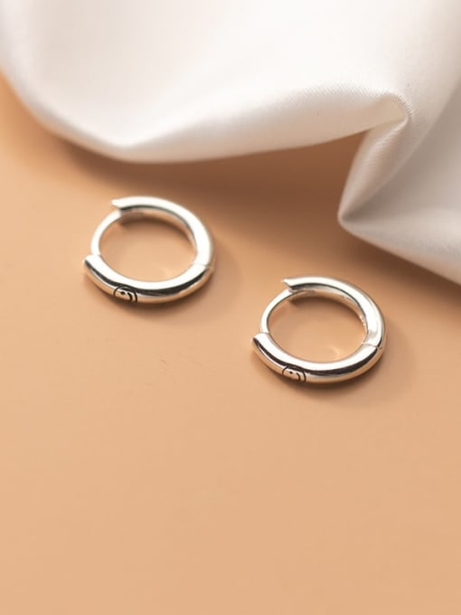 Rosh 925 Sterling Silver Geometric Minimalist Huggie Earring
