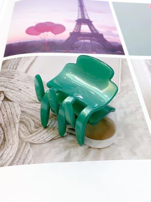 Small emerald green Minimalist Geometric Jaw Hair Claw
