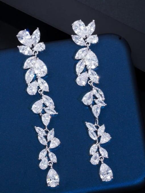 white Brass Cubic Zirconia Flower Luxury Drop Earring