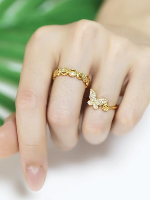 CC Brass Cubic Zirconia Smiley Vintage Band Ring 1