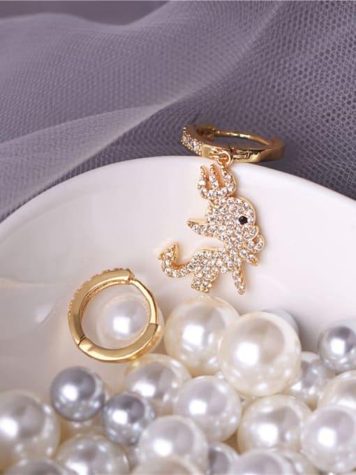 E0831 gold+white Brass Cubic Zirconia Irregular Vintage Asymmetry  Huggie Earring