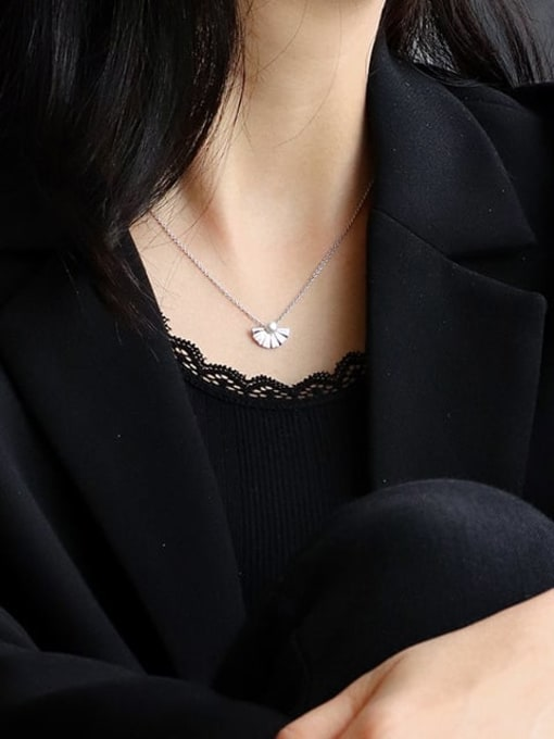 CHARME Brass Imitation Pearl Irregular Vintage Necklace 3