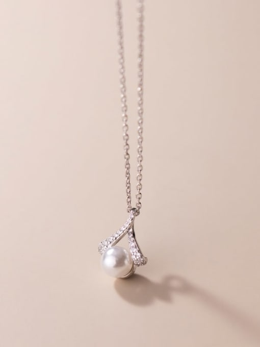 Rosh 925 Sterling Silver Imitation Pearl Triangle Minimalist Necklace 0