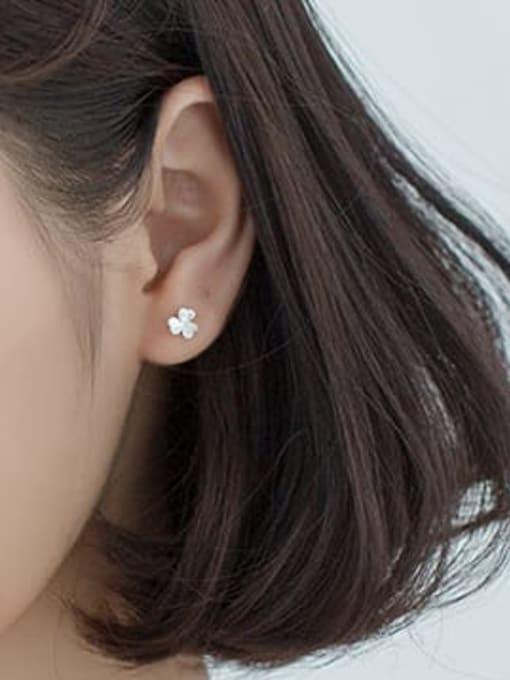 Rosh 925 Sterling Silver Clover Minimalist Stud Earring 2