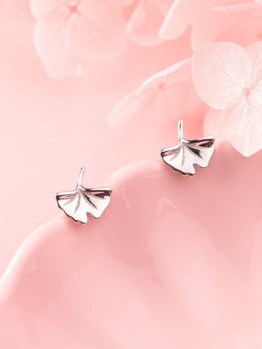 Rosh 925 Sterling Silver Leaf Minimalist Stud Earring 1