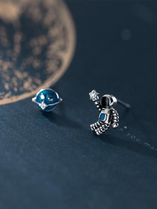 Rosh 925 Sterling Silver Enamel  Minimalist  Star astronaut Asymmetry Stud Earring 0
