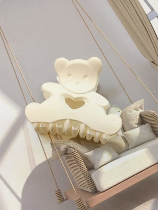 Frosted white Alloy Resin Cute Panda Jaw Hair Claw
