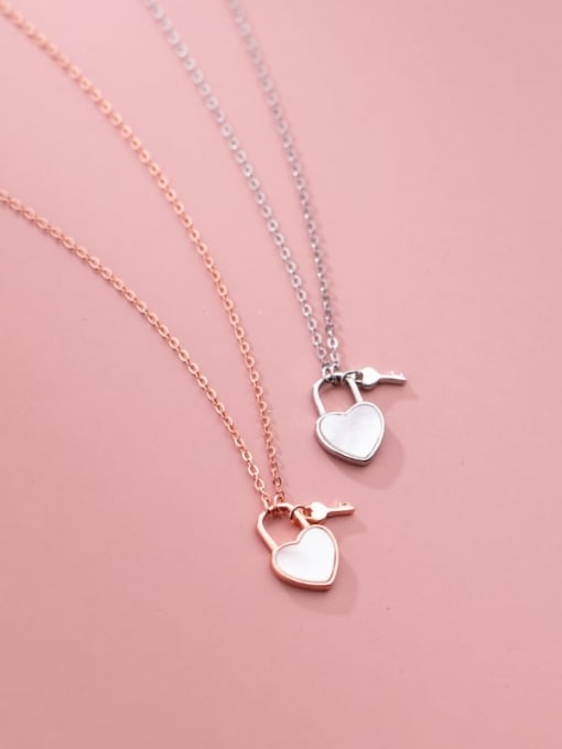 Rosh 925 Sterling Silver Shell Heart Minimalist Necklace