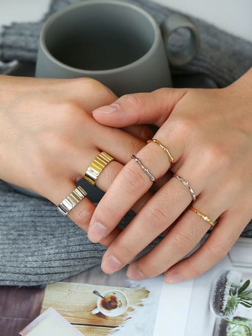 CHARME Brass Round Vintage Band Ring 1